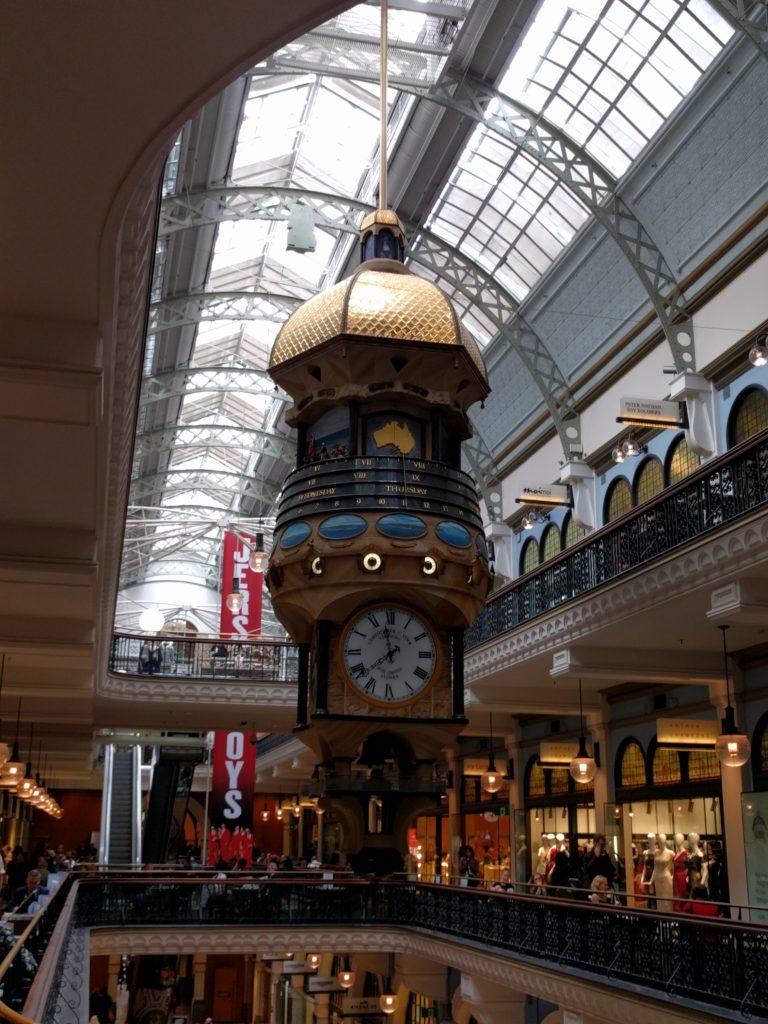 Horloge dans le Queen Victoria Building