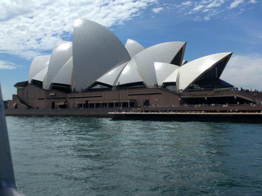 L'opéra depuis le ferry
