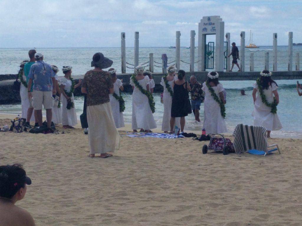 Souvenir - On a assisté à une sorte de baptême Hawaïen
