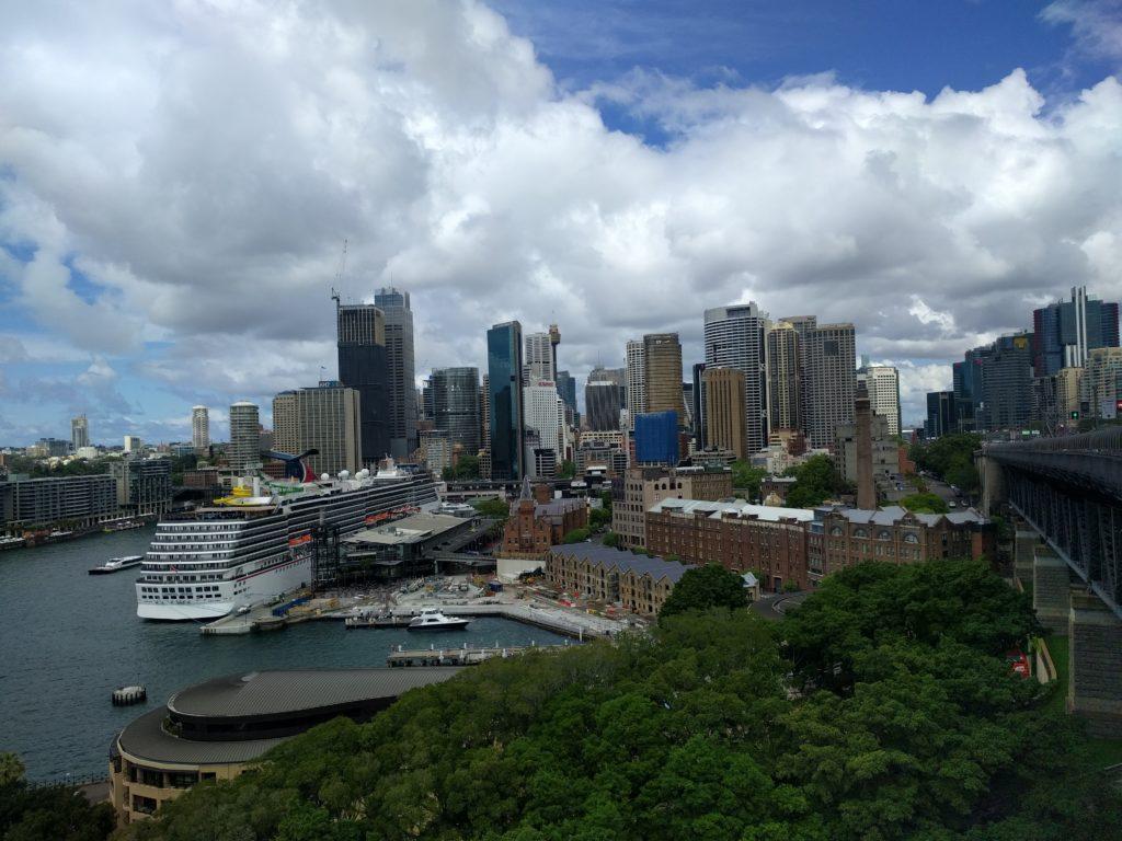 Vue du centre d'affaires de Sydney depuis le Harbour Bridge