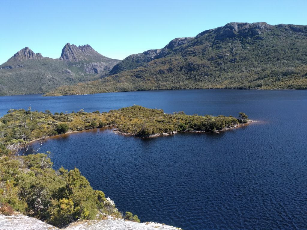 Dove Lake devant la Cradle Mountain