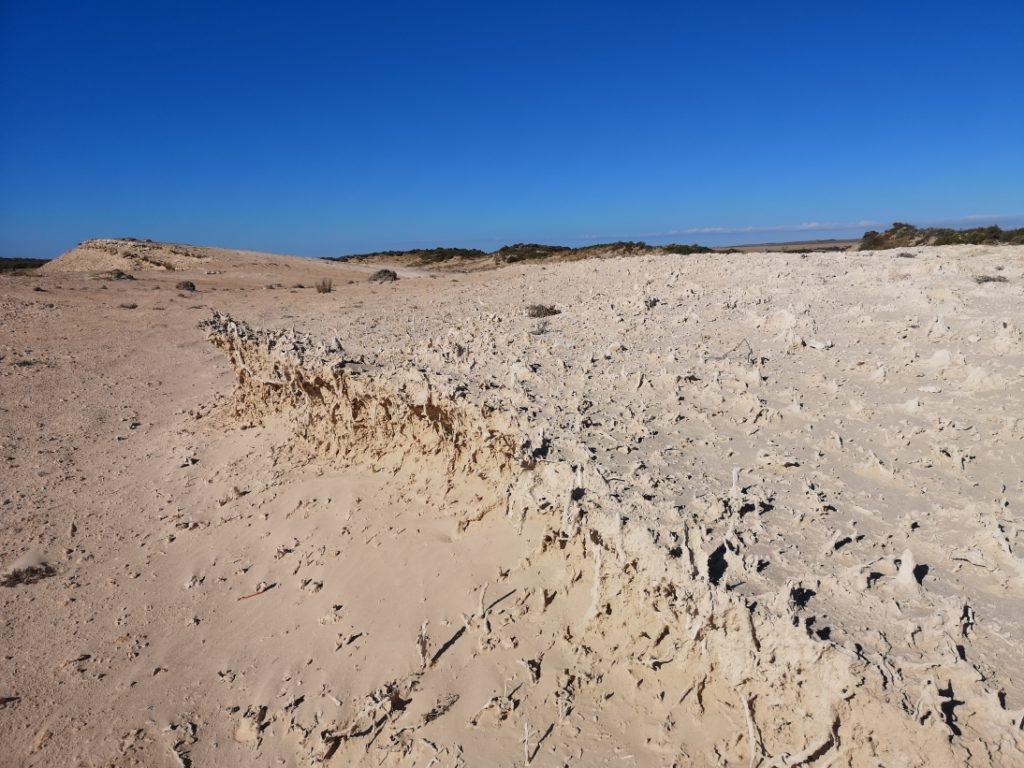 Roches de sable sculptées par le vent et l'érosion ?
