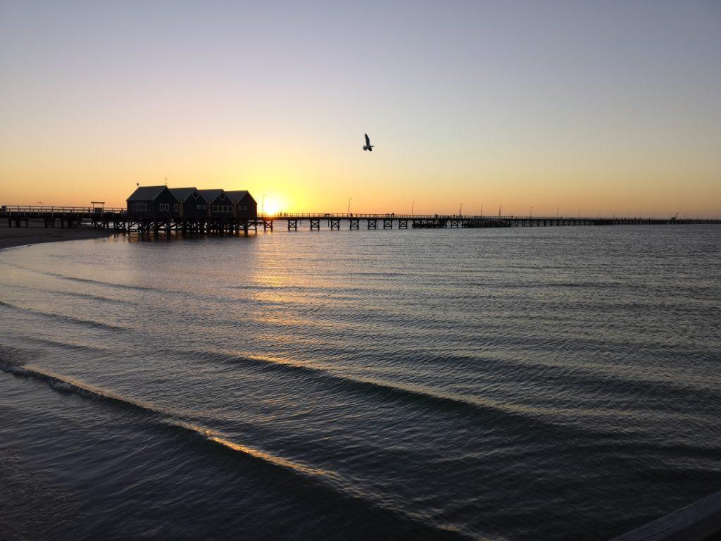 La jetée au coucher de soleil 2