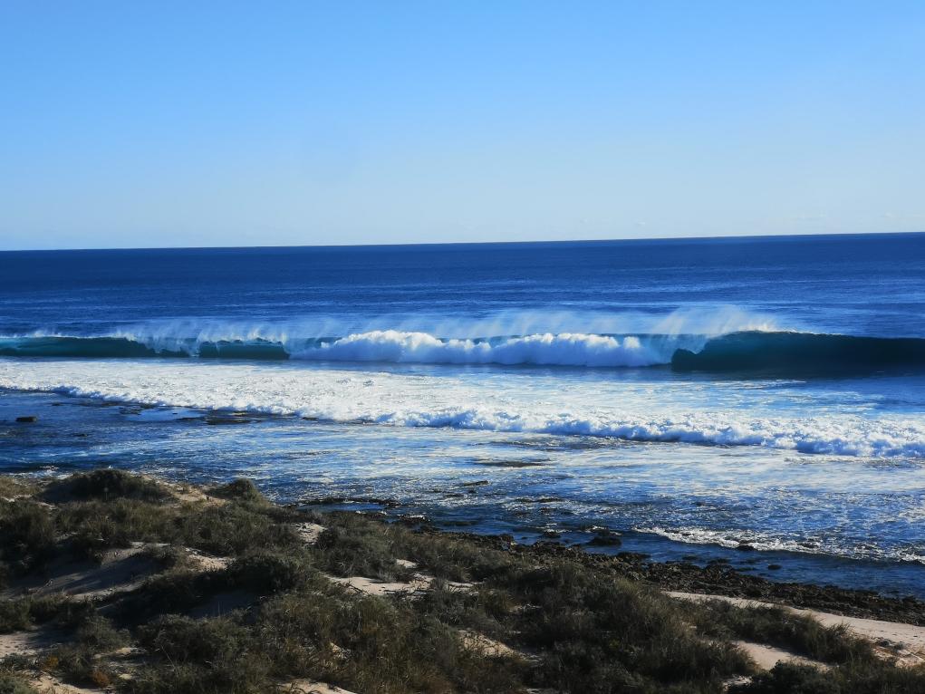 Les vagues se cassent