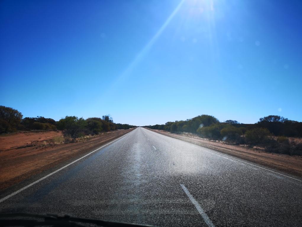 Les longues routes droites d'Australie