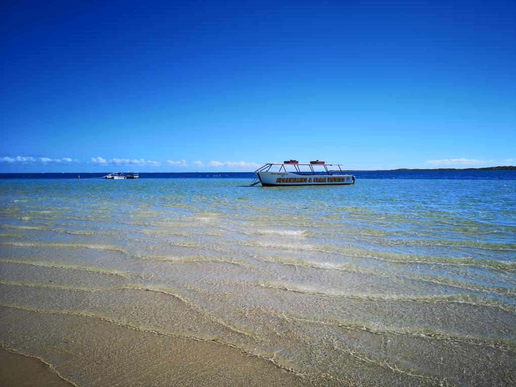 Bateau pour les excursions snorkeling à Coral Bay