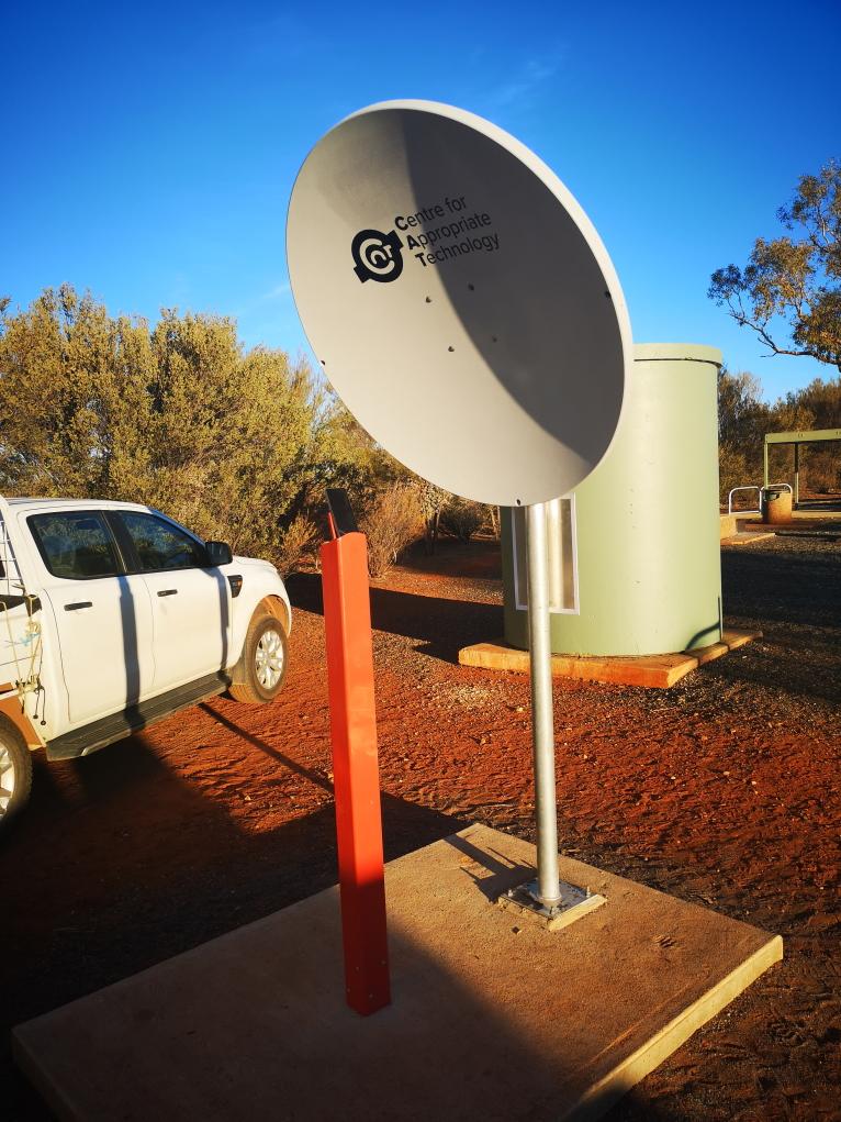 Parabole permettant d'intensifier le signal radio des téléphones