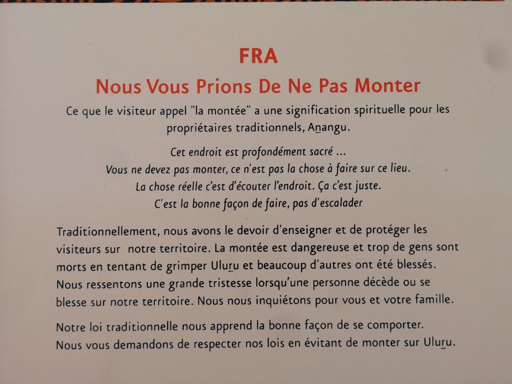 Prière de ne pas monter dans beaucoup de langues, dont le français