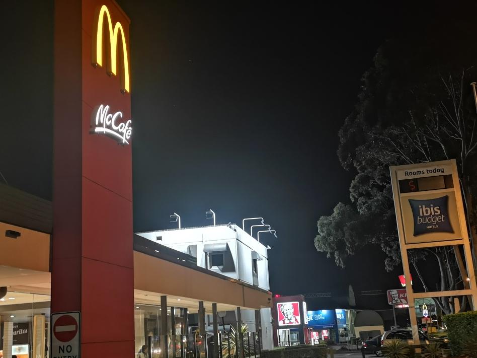 On avait pourtant le choix concernant le fastfood, notre hôtel est bien entouré par McDonalds et KFC