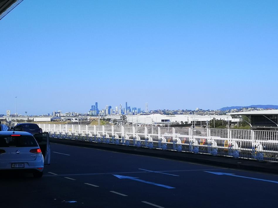 Vue du CBD de Brisbane depuis l'aéroport international