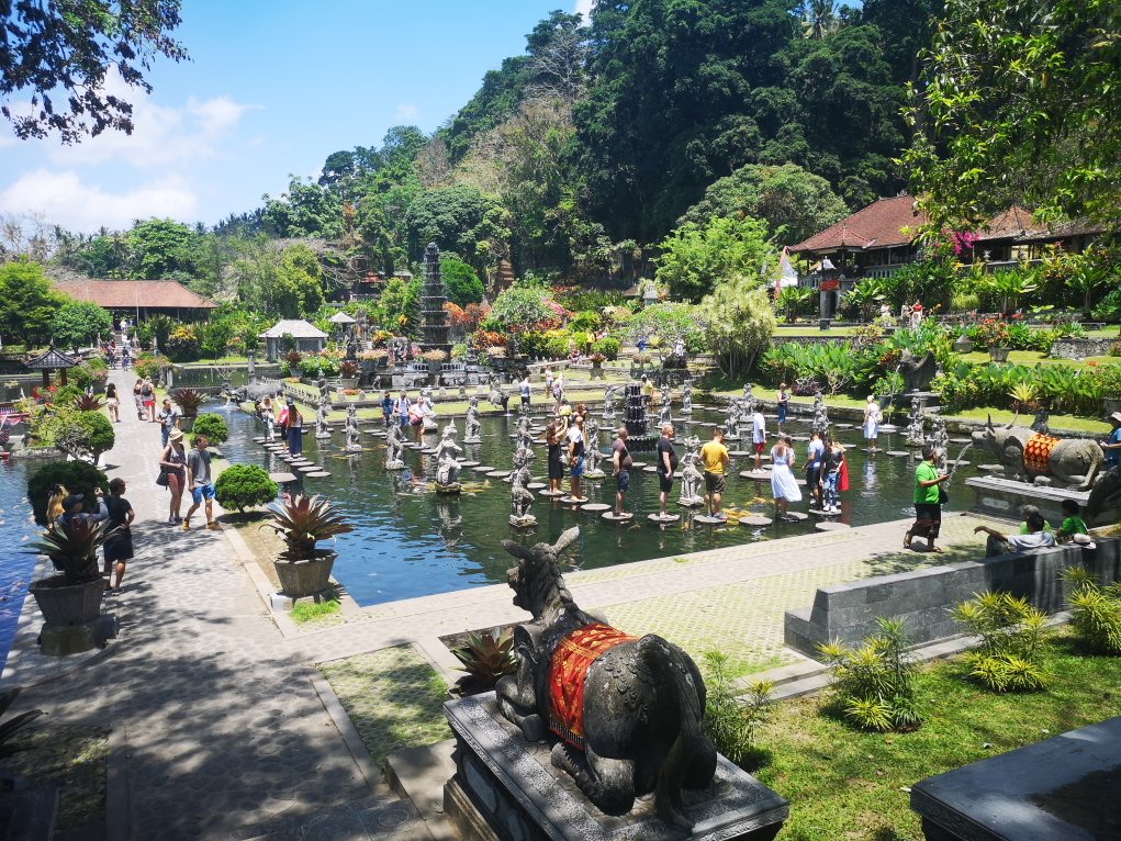 Les jardins du Tirta Gangga