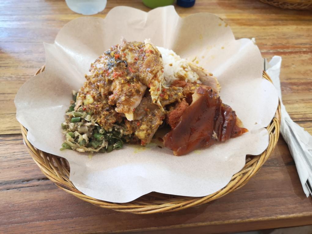Le Babi Guling, délicieuse viande de porc à la broche épicée