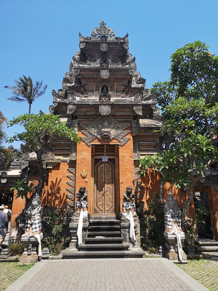 Porte de la cour du Palais Royal d'Ubud
