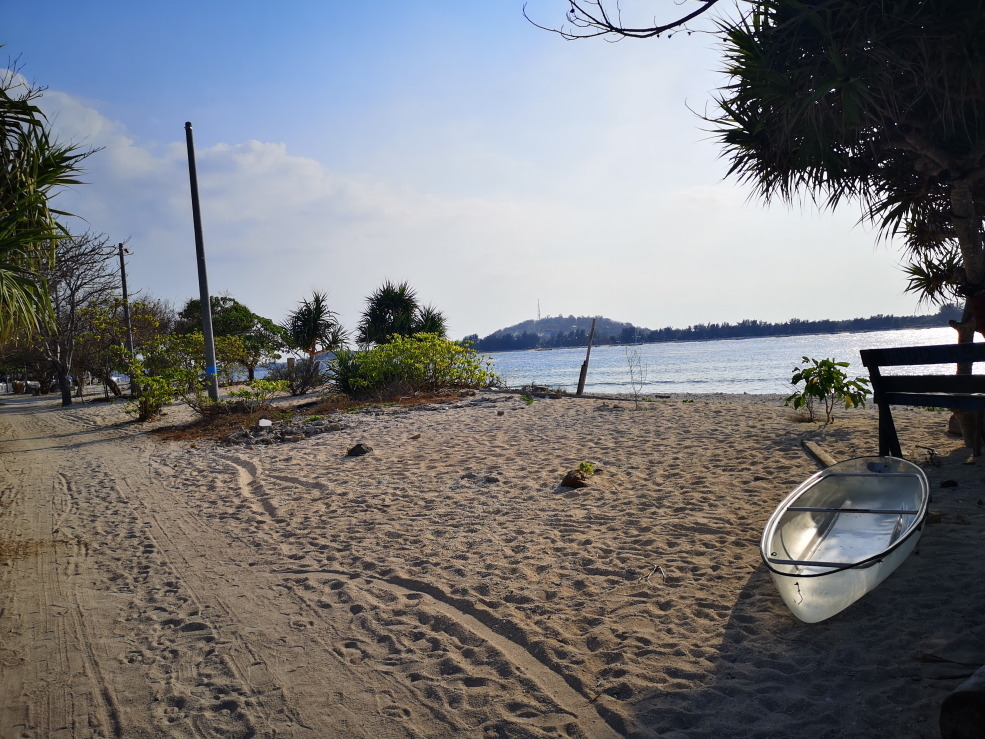 Une plage encore sauvage sur Gili Meno