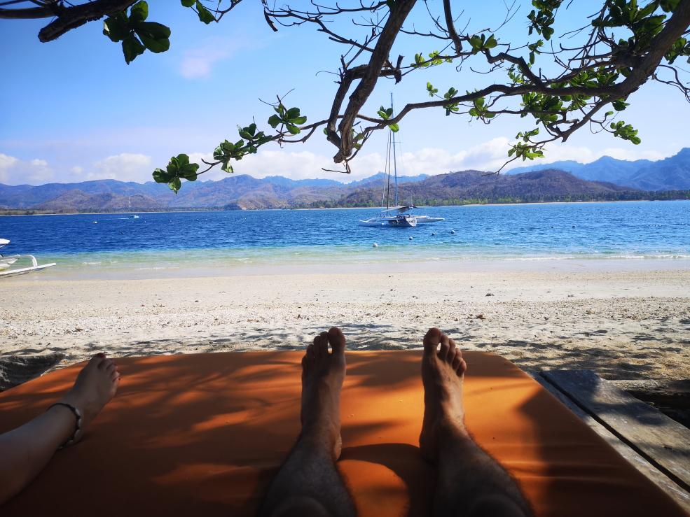 Repos au paradis après le repas