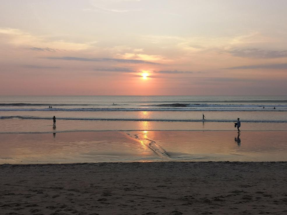 Un dernier coucher de soleil sur Kuta's Beach