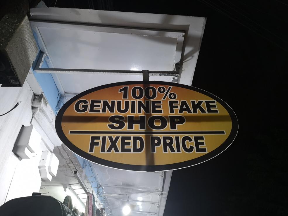 100% Contrefaçon authentique