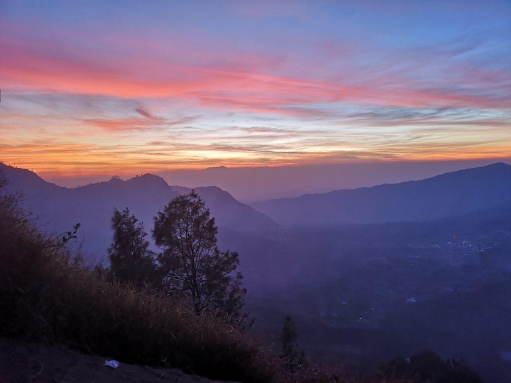Lever du soleil depuis la King Kong Hill, vue sur la Caldera du Bromo