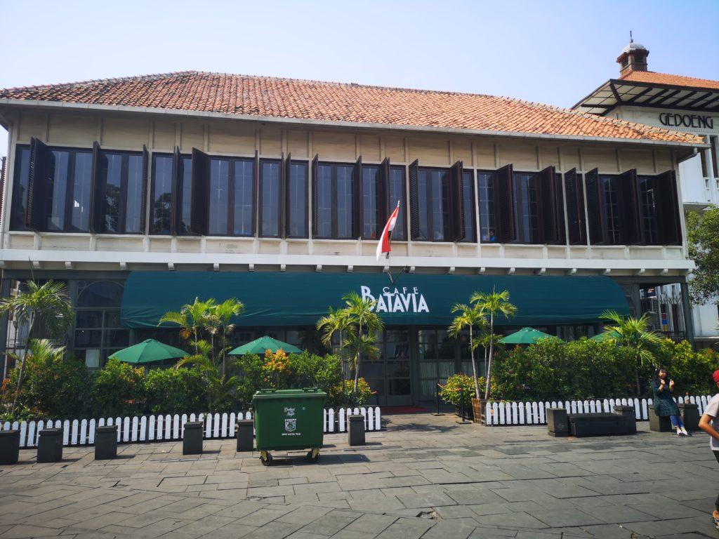 Le Cafe Batavia