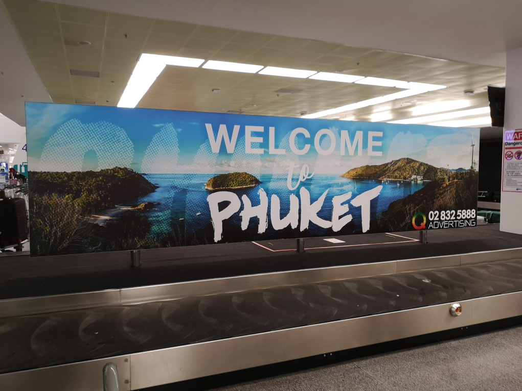 Welcome to Phuket - à l'aéroport