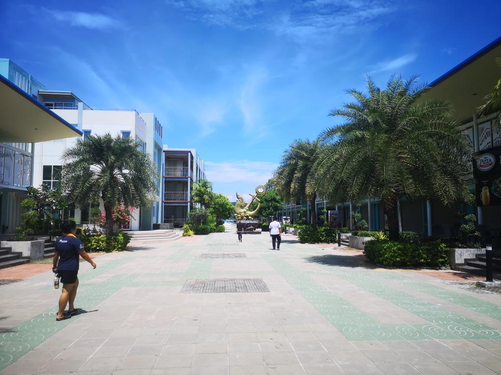 L'une des avenues de Koh Phi Phi