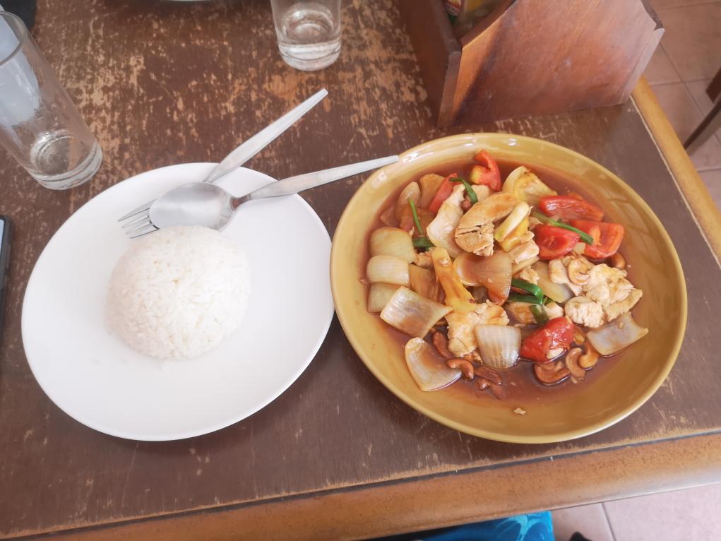 Repas du jour poulet sauce aigre douce