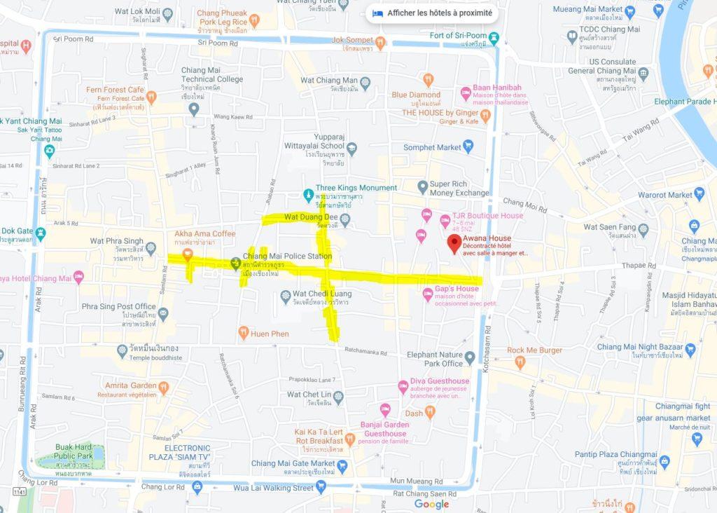 Carte du centre ville historique de Chiang Mai - En fluo, l'emplacement du Sunday Evening Jhaban Market - Cliquez sur la carte pour l'agrandir