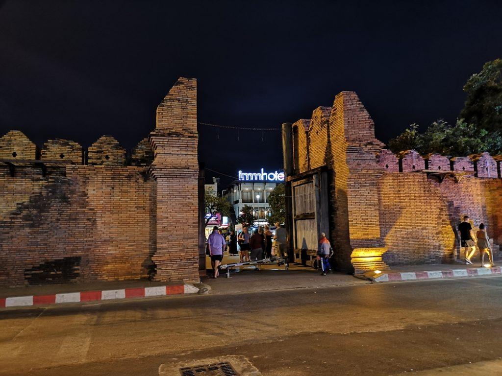 La Tha Phae Gate