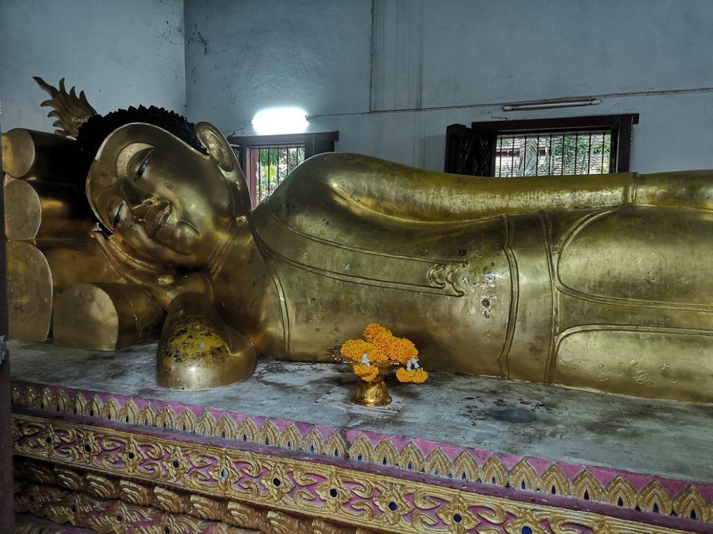 Bouddha couché au Wat Phra Singh