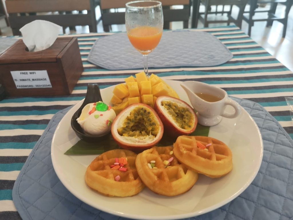 Gaufrettes au petit déjeuner à la prison