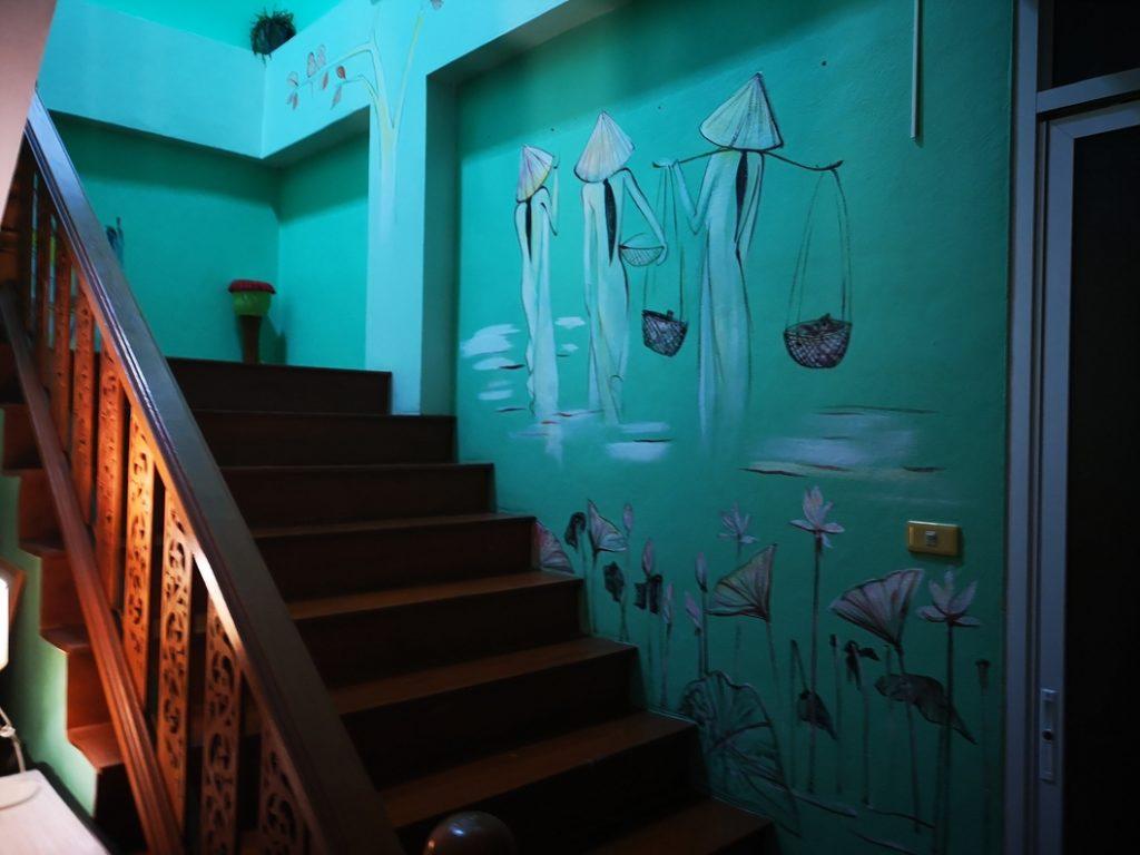 L'escalier menant à notre chambre