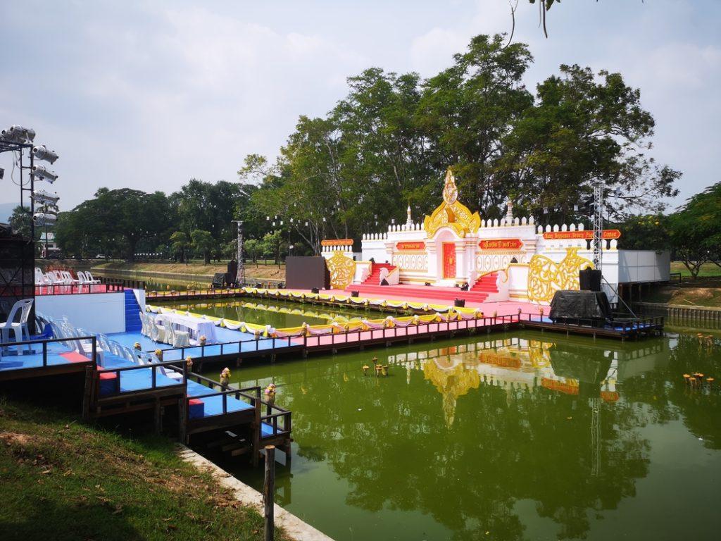 Encore des décors à proximité du Wat Sa Si