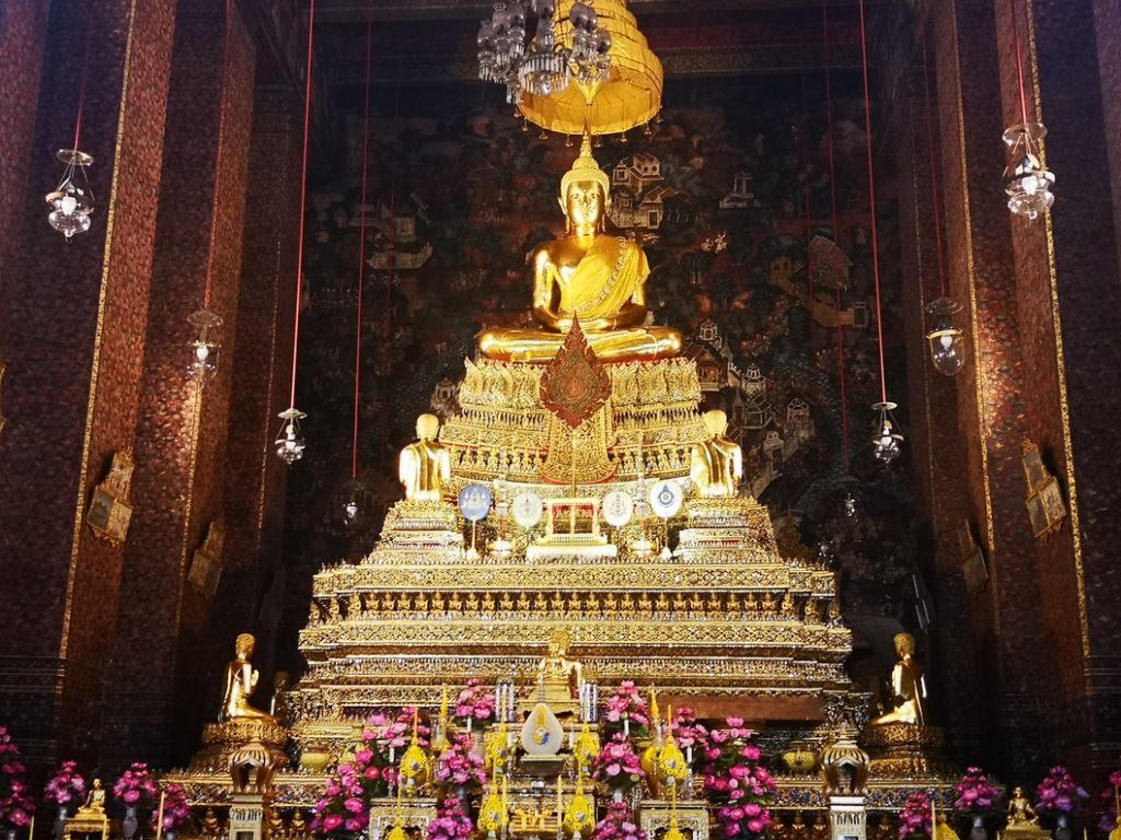 La salle principale du temple, on dirait