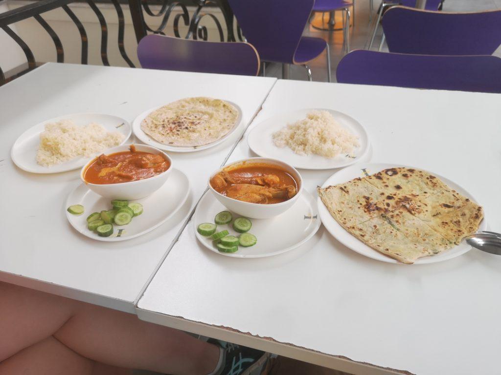 On aura tout de même trouvé notre repas indien