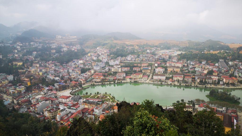 La vue panoramique sur la ville de Sa Pa