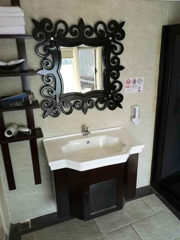 Salle de bain de notre palace flottant