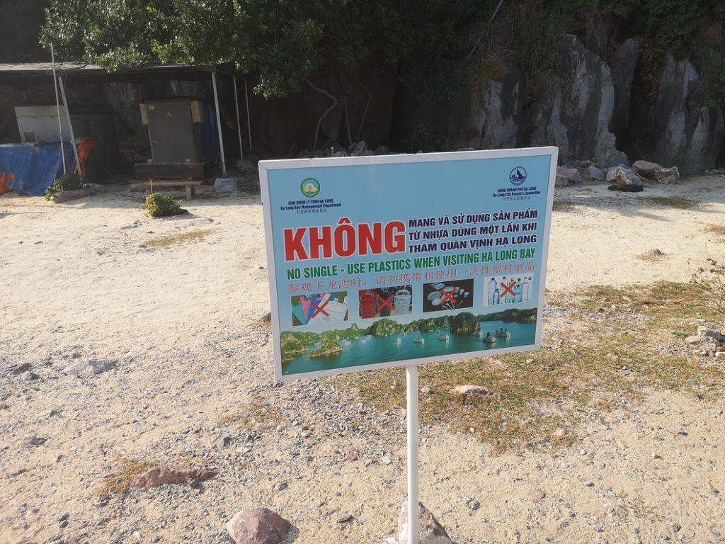La Baie d'Ha Long a définitivement banni l'utilisation de plastiques à usage unique