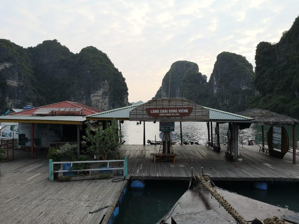 Arrivée au village Vung Vieng