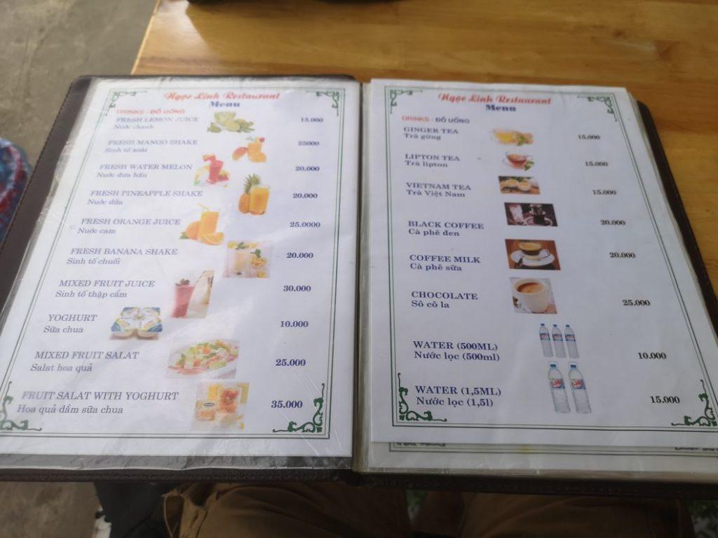 Un exemple de menu au Vietnam - Traduit en anglais pour les touristes - Notez le So Co La <3