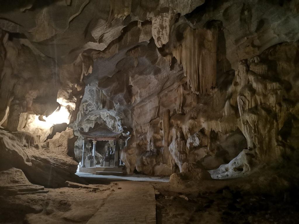 2e partie de la pagode, dans une seconde grotte
