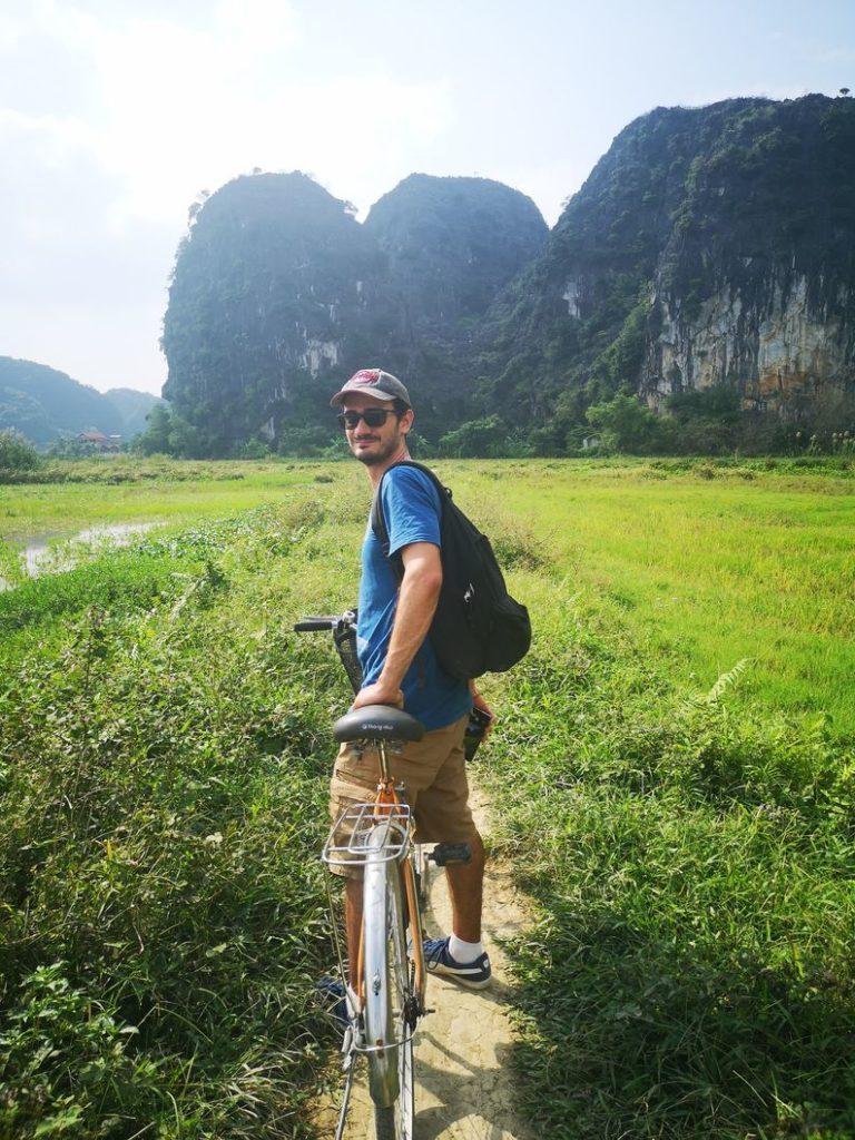 Le plus beau à vélo au milieu des rizières