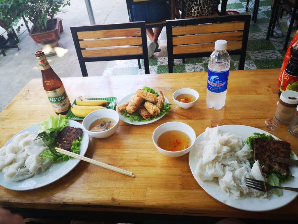 Bun Cha et nems aux fruits de mer