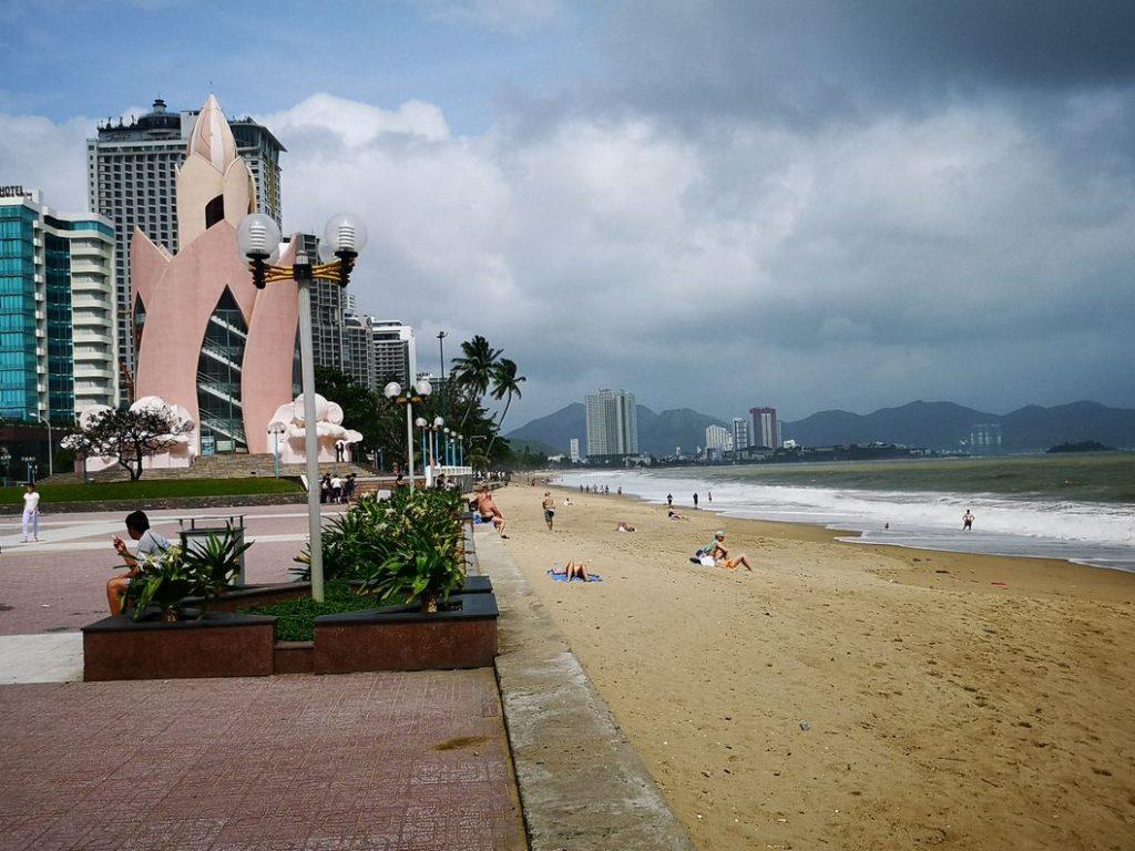 Autre vue de la plage dans le centre ville de Nha Trang