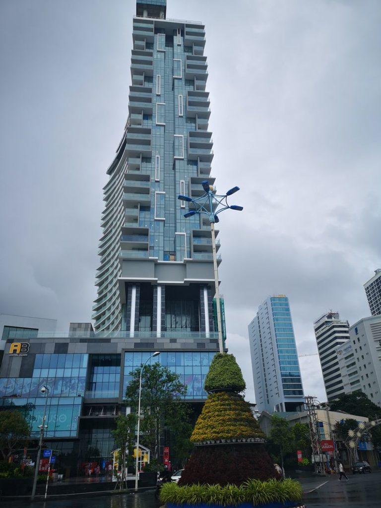 On retrouve des grands buildings plus modernes