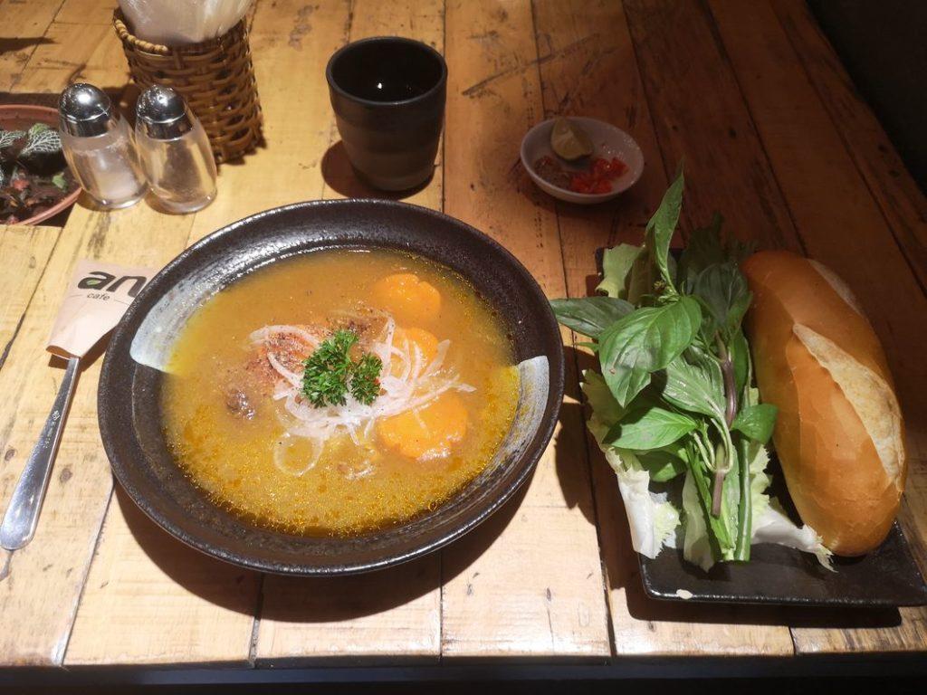 Soupe Viet au An Café, le lendemain