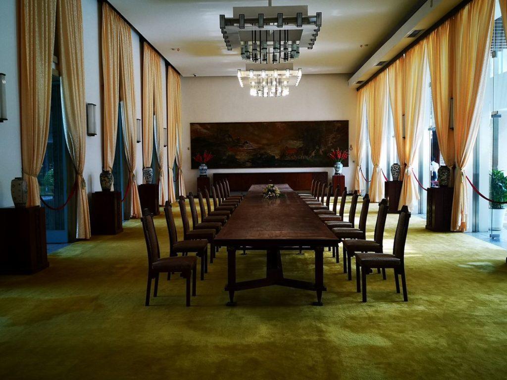 La Salle à manger du palais