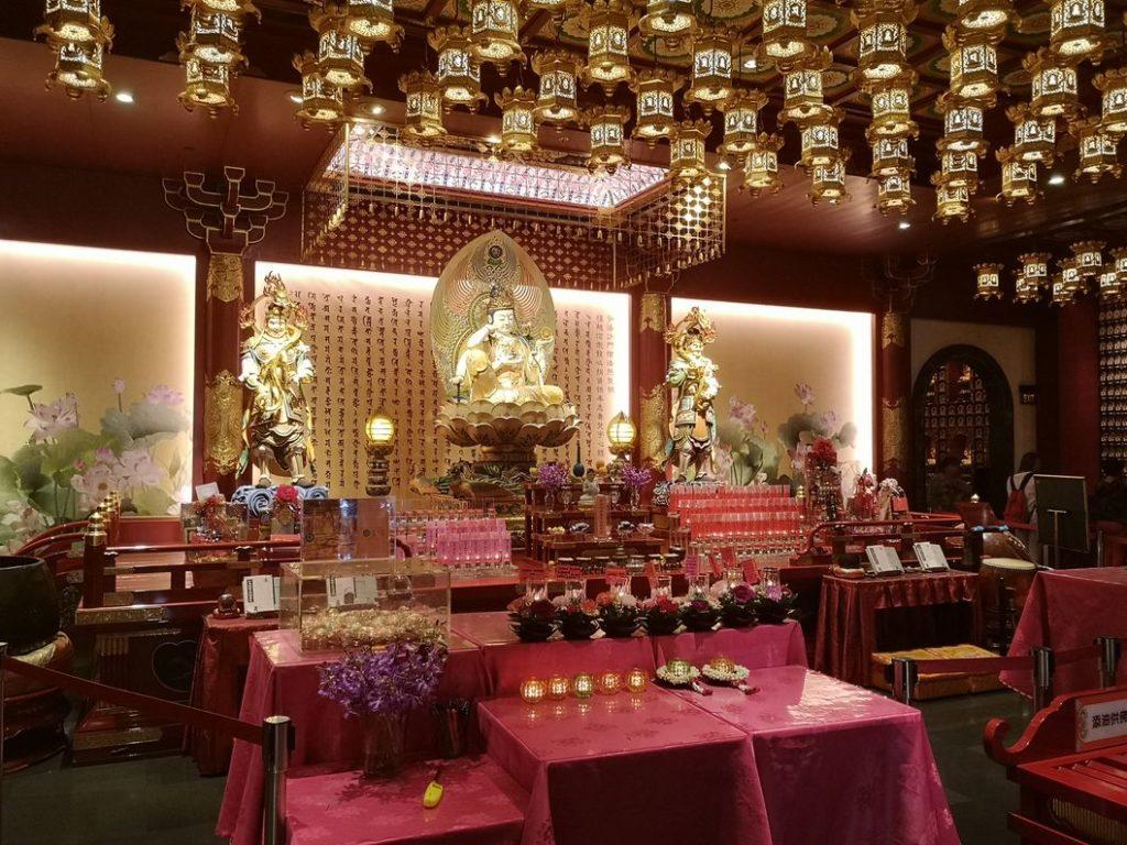Autre salle du Temple de la Relique de la Dent de Bouddha