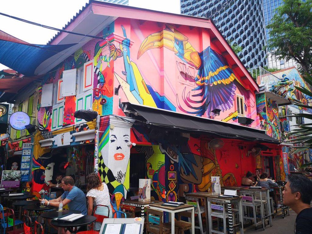 Un bar très coloré de Haji Lane