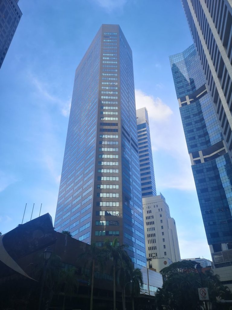 L'un des grands building vers Raffles Place